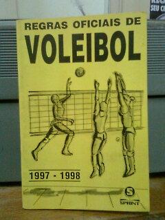 8cac338a9c7ea Livro  Regras Oficiais de Voleibol - Confederacao Brasileira de ...