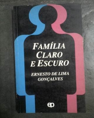 Família Claro e Escuro